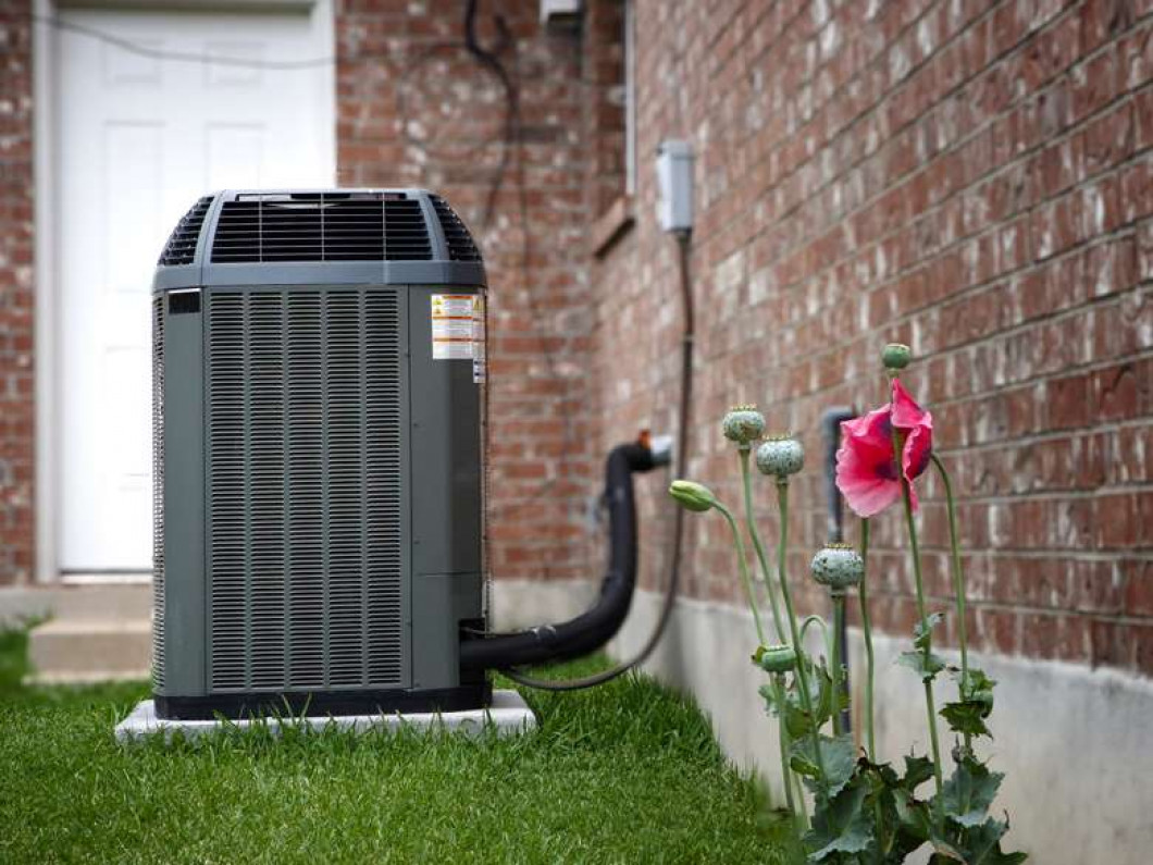 We offer emergency AC services for residential and commercial systems